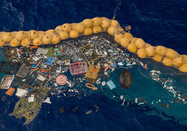 「海洋吸塵器」真的行得通!小至0.1公分的海洋垃圾也能清除