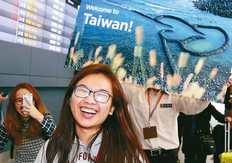 中國大陸緊縮陸客,台灣救觀光不該靠「鴉片」!