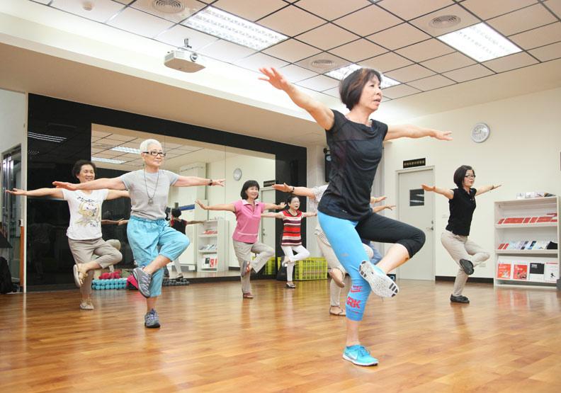 落實健康老化,提升活動力,維護身心健康
