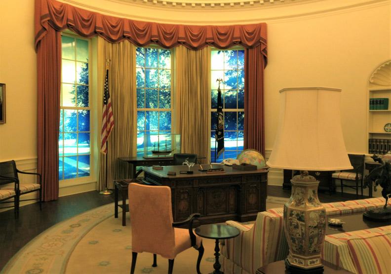 美國總統圖書館:踏入仿白宮辦公室,感受運籌帷幄的氣氛!