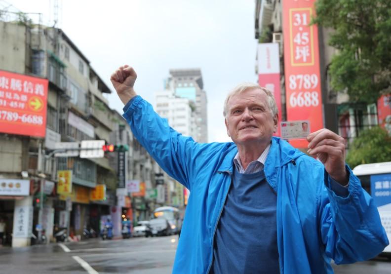 「光點台北」「四四南村」逃過一劫,要感謝這位67歲的外國人