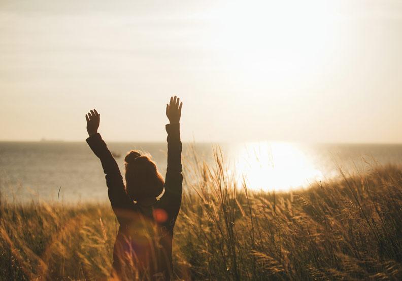 33年婚姻結束在另一個女人身上...有了磨難,才能讓每一天醒來時都感恩