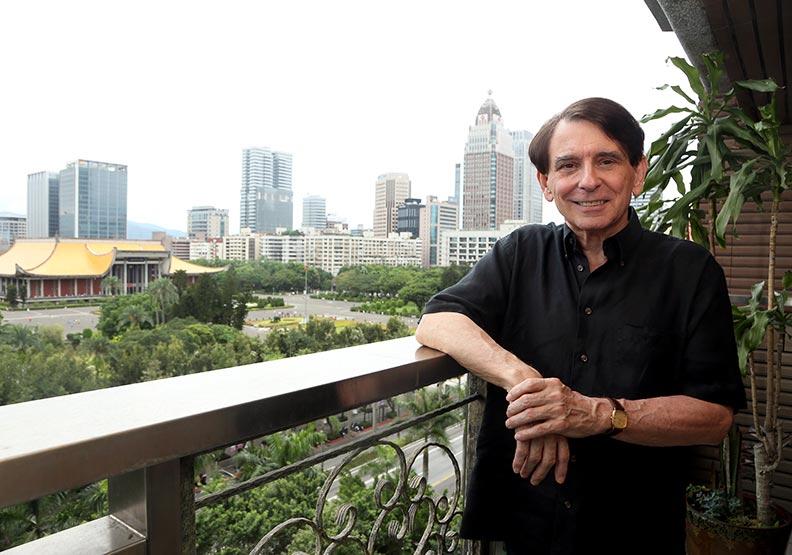 退休留台教書七年 司徒文:台灣是現代奇蹟
