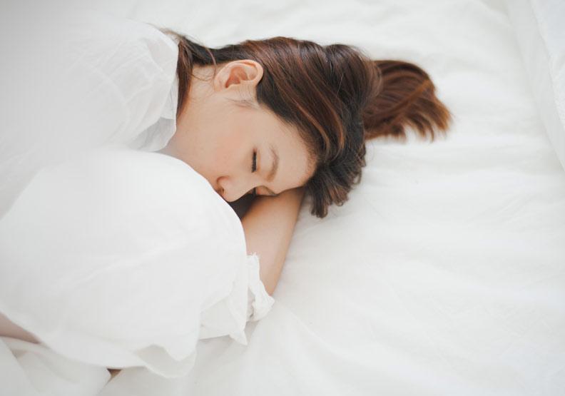 助你好眠,中醫建議的 8 種入眠安寢法
