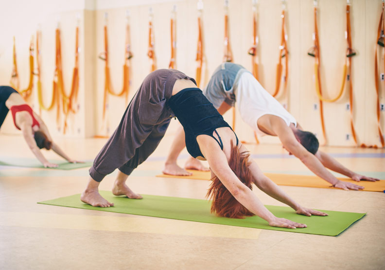 長時間久坐、久站肌肉活動受限,6 招伸展操遠離足底筋膜炎