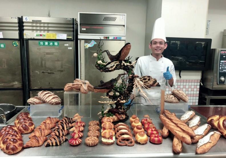 台灣技職響徹俄羅斯!21歲謝協益勇奪首面麵包製作金牌