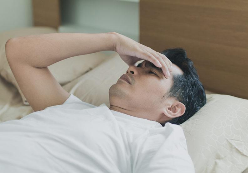 老是打鼾又睡不飽?這些人都是睡眠呼吸中止症高風險群