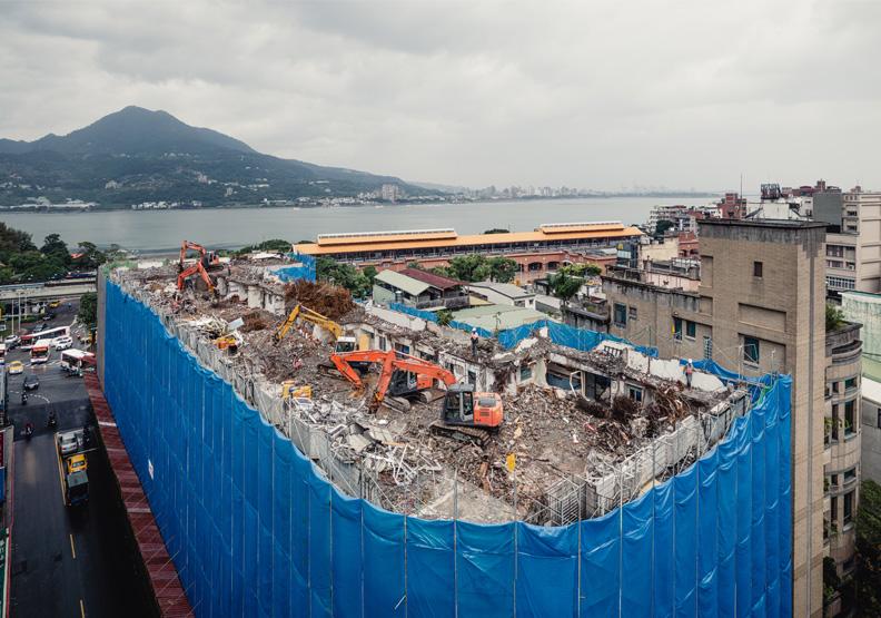 一年內協調拆除淡水捷運海砂屋,新北市府展現老舊危樓都更魄力
