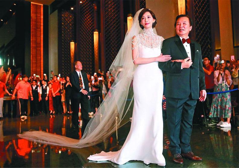 志玲「嫁妝一牛車」是真的!台南人嫁女兒還送「金棺材」