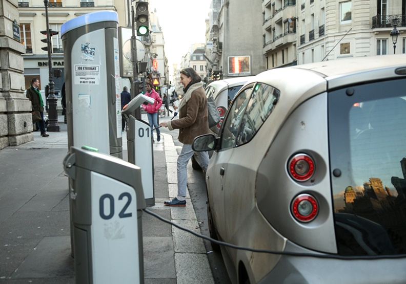 巴黎共享汽車Autolib慘遭滑鐵盧!Mobilib'試圖捲土重來