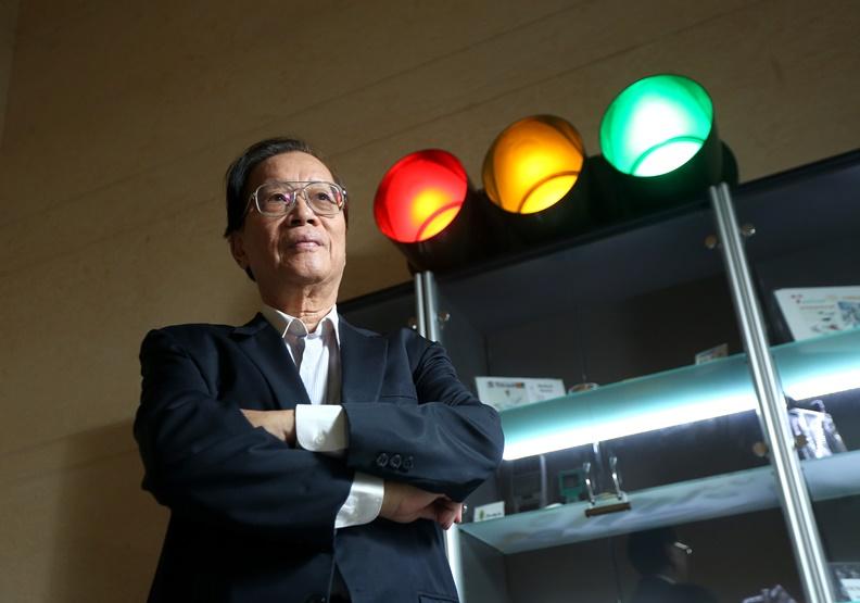 為何LED紅綠燈老是壞?前交通部科技顧問室主任周勝次揭祕