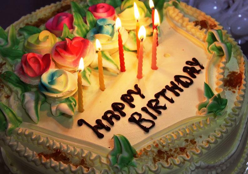 別只會「Happy birthday!」英文9金句送出你最窩心的生日祝福