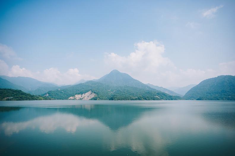 有山有水的多元體驗,正是山海圳的最大特色(圖為曾文水庫)。