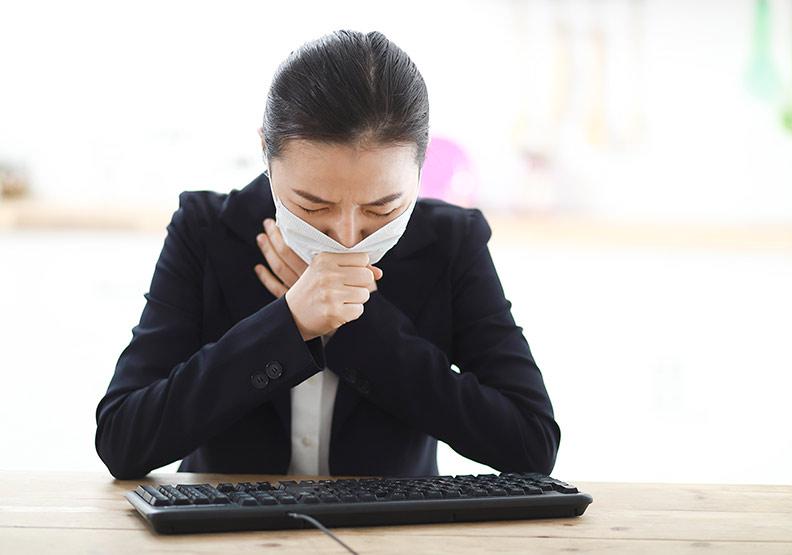 天冷咳不停,5 種妙方讓你不吃藥也能舒緩咳嗽症狀