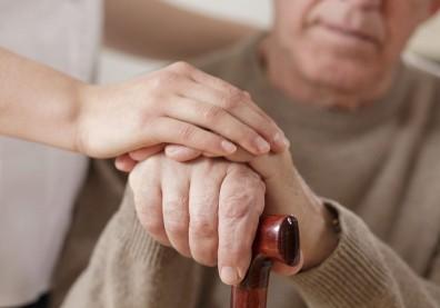 老年人髖部骨折手術後的譫妄症
