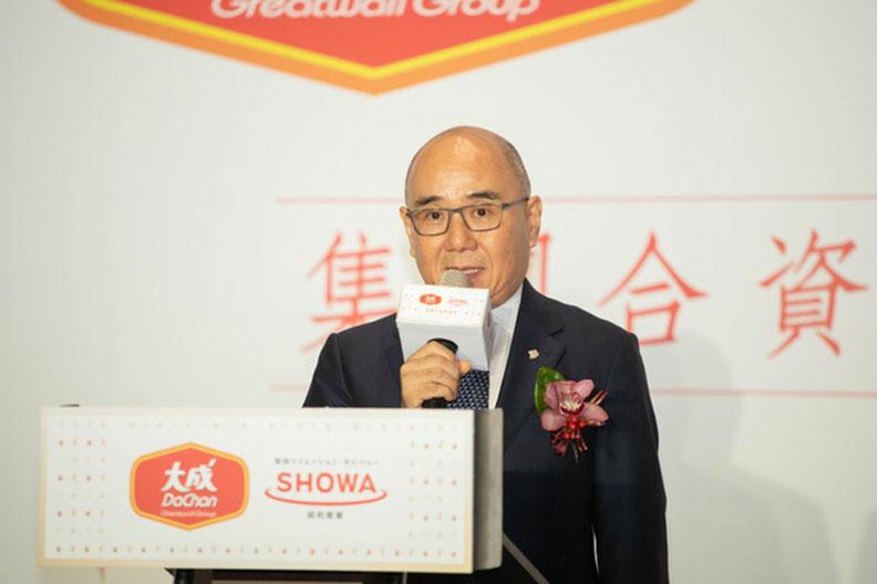 鼎泰豐董事長楊紀華,相當堅持第一線服務人員,要隨時察覺客戶需求並回應。遠見資料照
