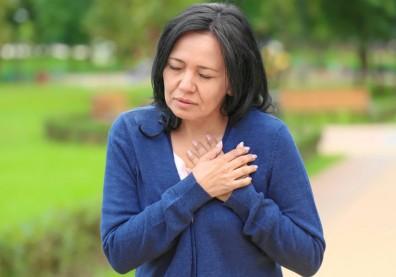 愈睡愈累、走幾步就喘,別輕忽「心臟衰竭」的 6 種症狀