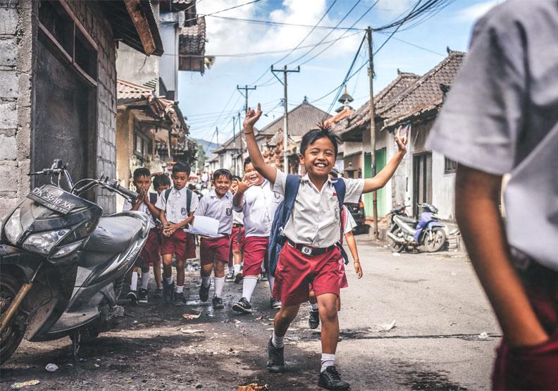月薪4000的印度司機都知道AI就是未來,積極投資孩子,台灣還在等什麼?