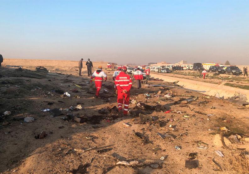 烏克蘭客機墜毀伊朗!官媒證實:機上176人全數罹難