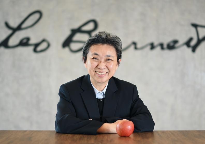 最「本土」的外商CEO!黃麗燕用出身平凡的倔強,寫下傳奇的職場篇章