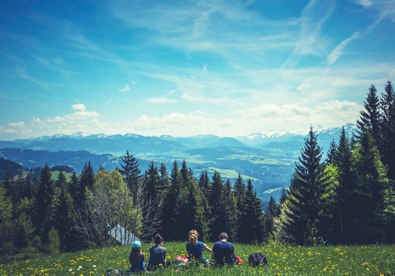 可不可以請假出去玩?奧地利:父母帶孩子蹺課旅行,最高單次罰1.5萬台幣