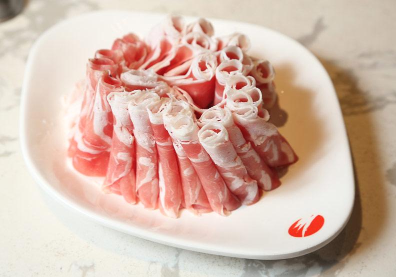 油花較多的肉品可以偶爾吃,但不要常吃;張智傑攝。