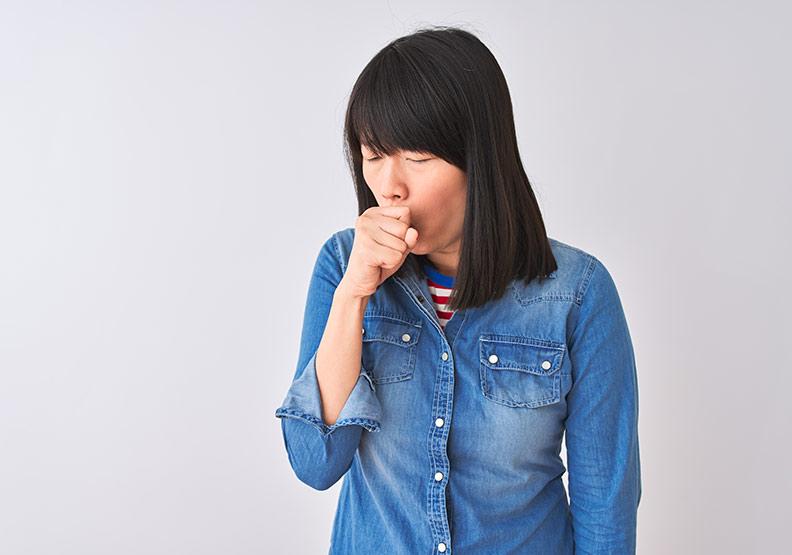 咳嗽可吃哪些水果?中醫師解析 7 種咳嗽症狀