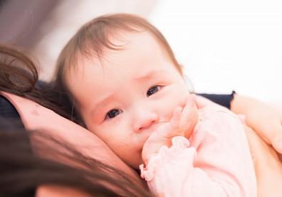 照顧高需求寶寶,媽咪更容易有產後憂鬱!家長如何改善現況?