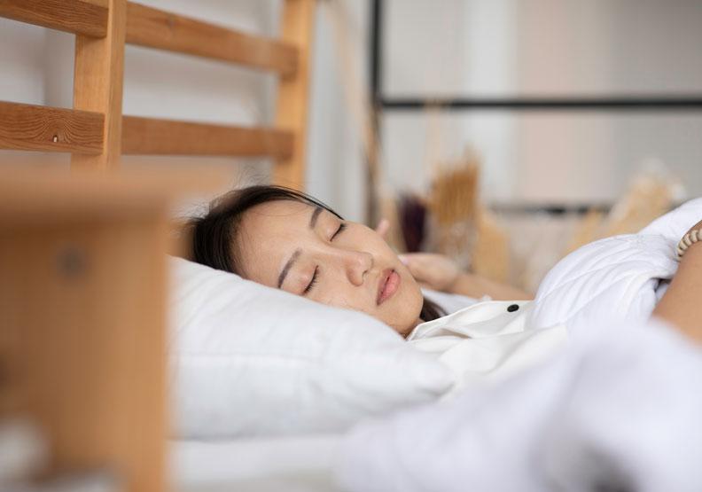 不花一毛錢,睡眠就是最好的保養品!把握兩大原則減緩老化速度