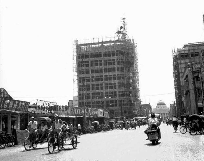 1962年的台北市館前路街景。