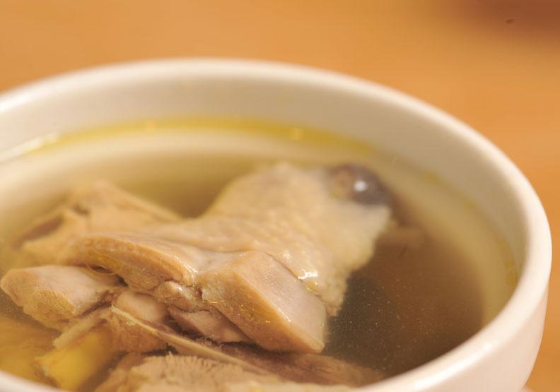 流感流行期病毒怎麼防?護理師「DIY雞湯」提升抵抗力