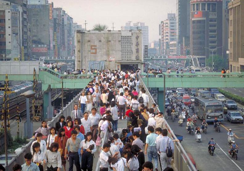 台北人的共同回憶:回顧中華商場的興衰【下】