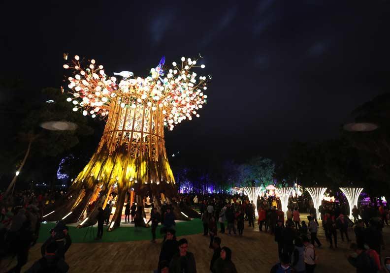此次台灣燈會「璀璨台中」的主燈「光之樹」。