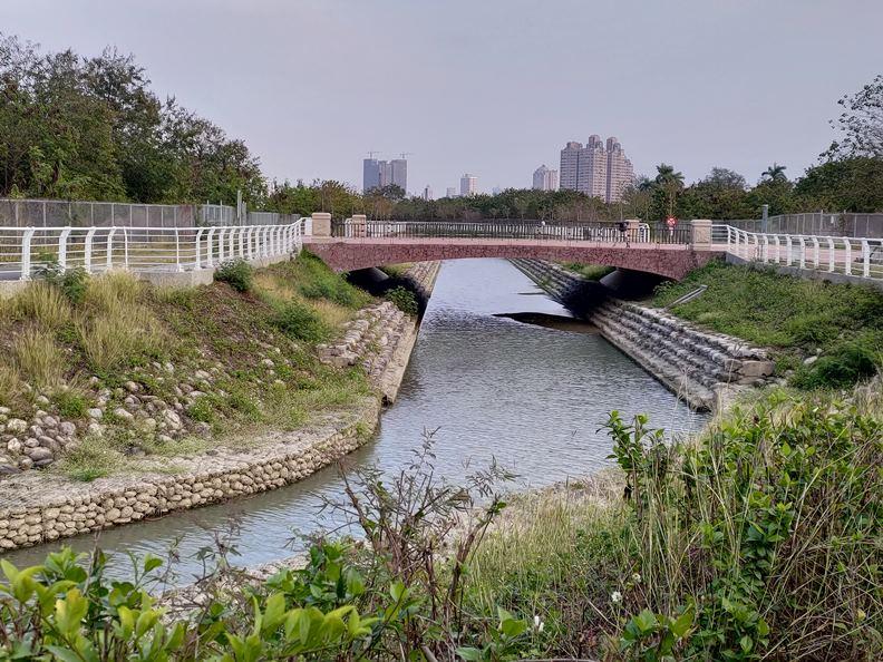 連結愛河的柴山滯洪公園。(圖片提供:楊天豪)