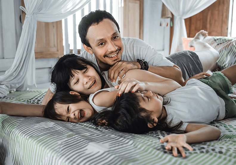 停止在關係中自責,當個「蹺班的爸爸、不及格的媽媽」