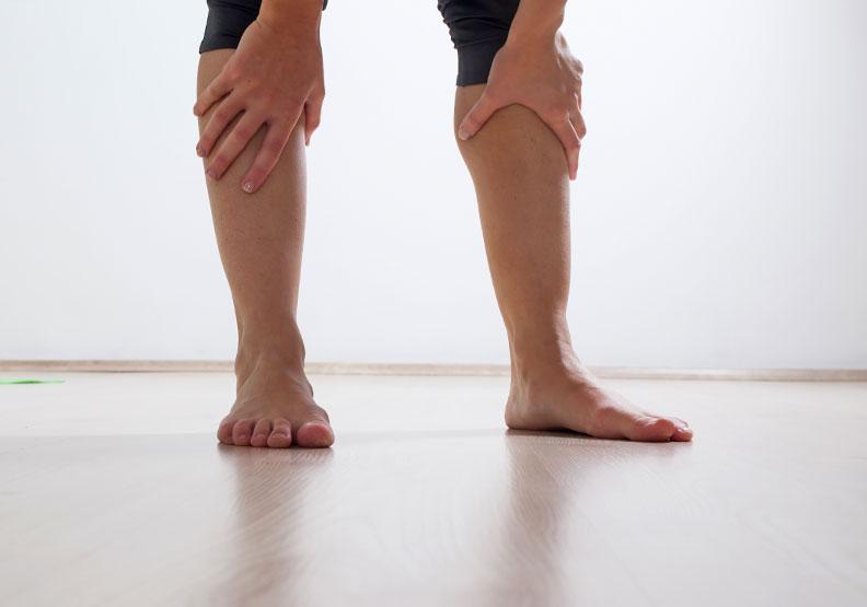 身體不使用就會衰退!有效提升足部機能,從打赤腳開始