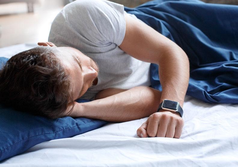 睡眠品質好壞會影響免疫力,「深眠」比例是關鍵