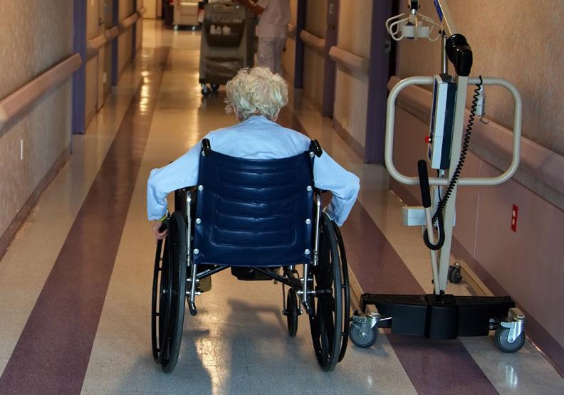 美國阿茲海默症協會提出警訊:半數基層醫師未準備好認知症診斷與照護需求