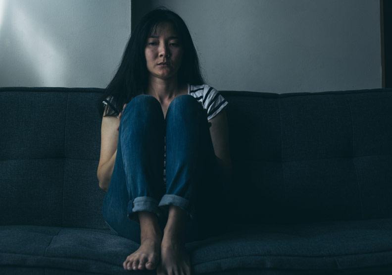 憂鬱症是「情緒疾病」,別對心理生病的人說想開一點、要知足