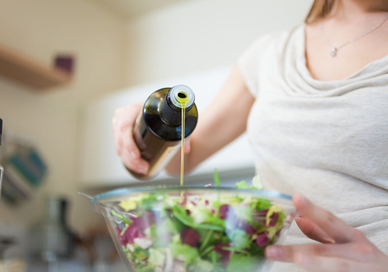 減重不能不吃油!橄欖油這 4 種營養讓你吃出健康