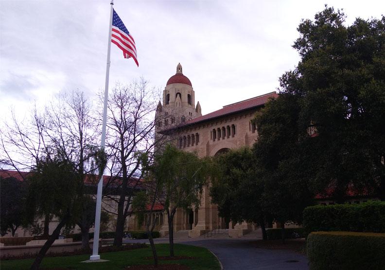 冷清的史丹福大學。作者攝