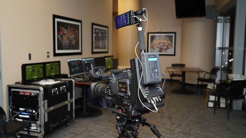 透過5G手機的加持,可為許多影像工作者取得更好的拍攝角度和轉播畫面。(圖片提供:Sony Mobile TW )