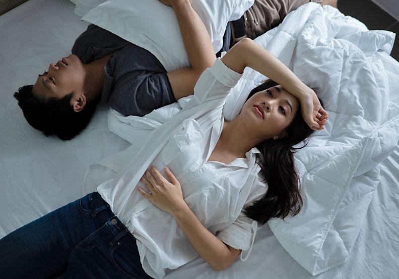 夫妻分開睡好嗎?5 大狀況適合「睡眠離婚」