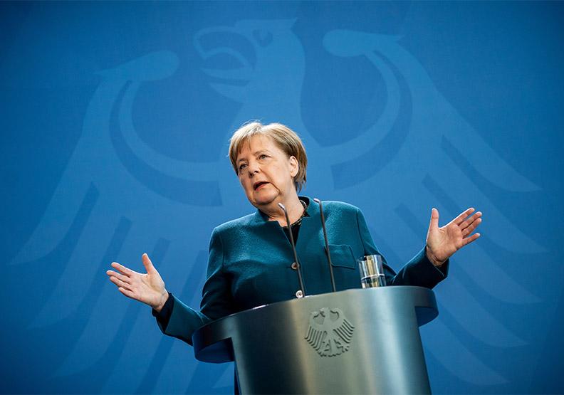 德國總理梅克爾呼籲更多人接種新冠疫苗,同時推出「流動疫苗接種站」,達志影像(資料照)。