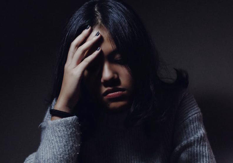 有些人的憂慮,來自於原生家庭的受挫經驗。圖片來自Unsplash