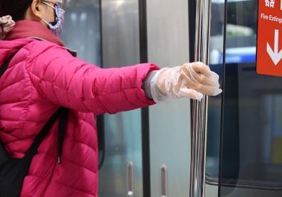 戴手套防疫是必要的嗎?醫師叮嚀 5 項重點減低感染風險