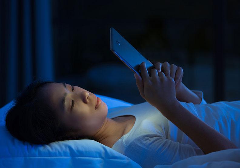躺在床上卻沒有睡意,你是「被動失眠」還是「主動失眠」?