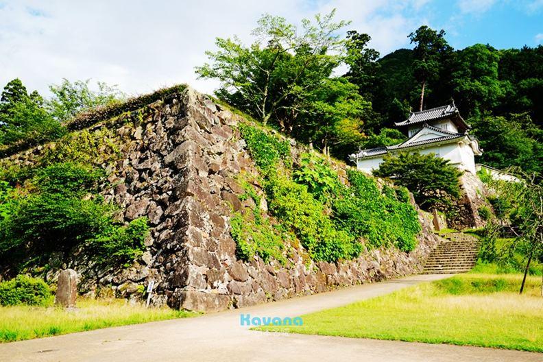 位於兵庫縣的「出石城」,後半段還有出名難爬的「有子山城」。(圖片提供:卡瓦納)