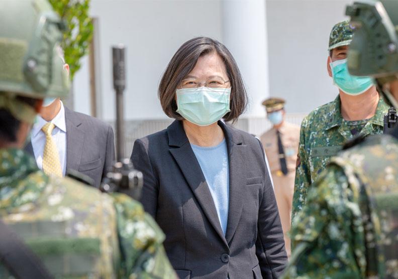 蔡英文總統巡視國軍 取自Flickr