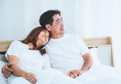 年紀漸長出現性功能障礙,老夫老妻如何提升性生活品質?